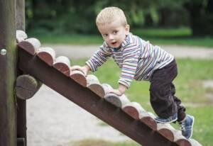 Wat doe je als je kind achter loopt met taal?